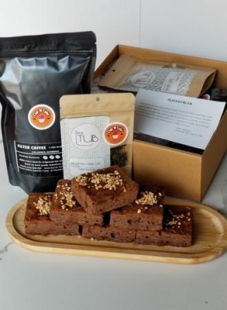 Brownie Yer Fıstık Karamel 18 Dilim + Filtre Kahve