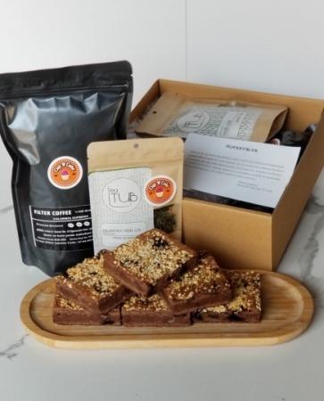 Brownie Fındık Pralin18 Dilim + Filtre Kahve