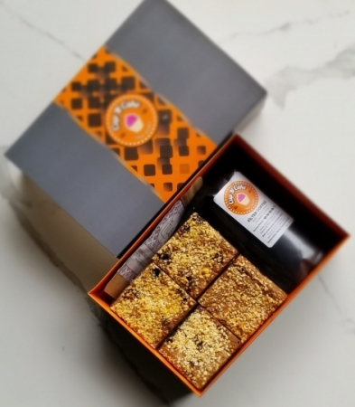 Brownie Fındık Pralin 12 Dilim + Filtre Kahve