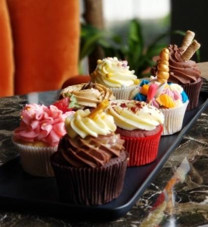 Aile Boyu Cupcake Paketi (12'li)