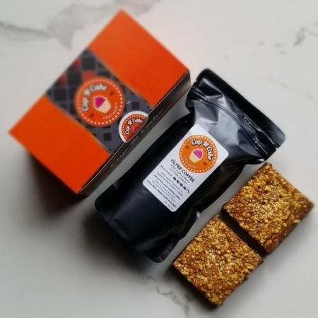 Brownie Yer Fıstığı Karamel 2 Dilim + Filtre Kahve
